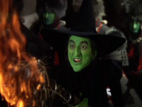 Wicked Witch Of The West Flying On Her Broom Narnia | henryherz.com